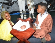 Entebbe Junior -  An Out of This World Christmas Production006