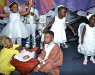 Entebbe Junior -  An Out of This World Christmas Production042